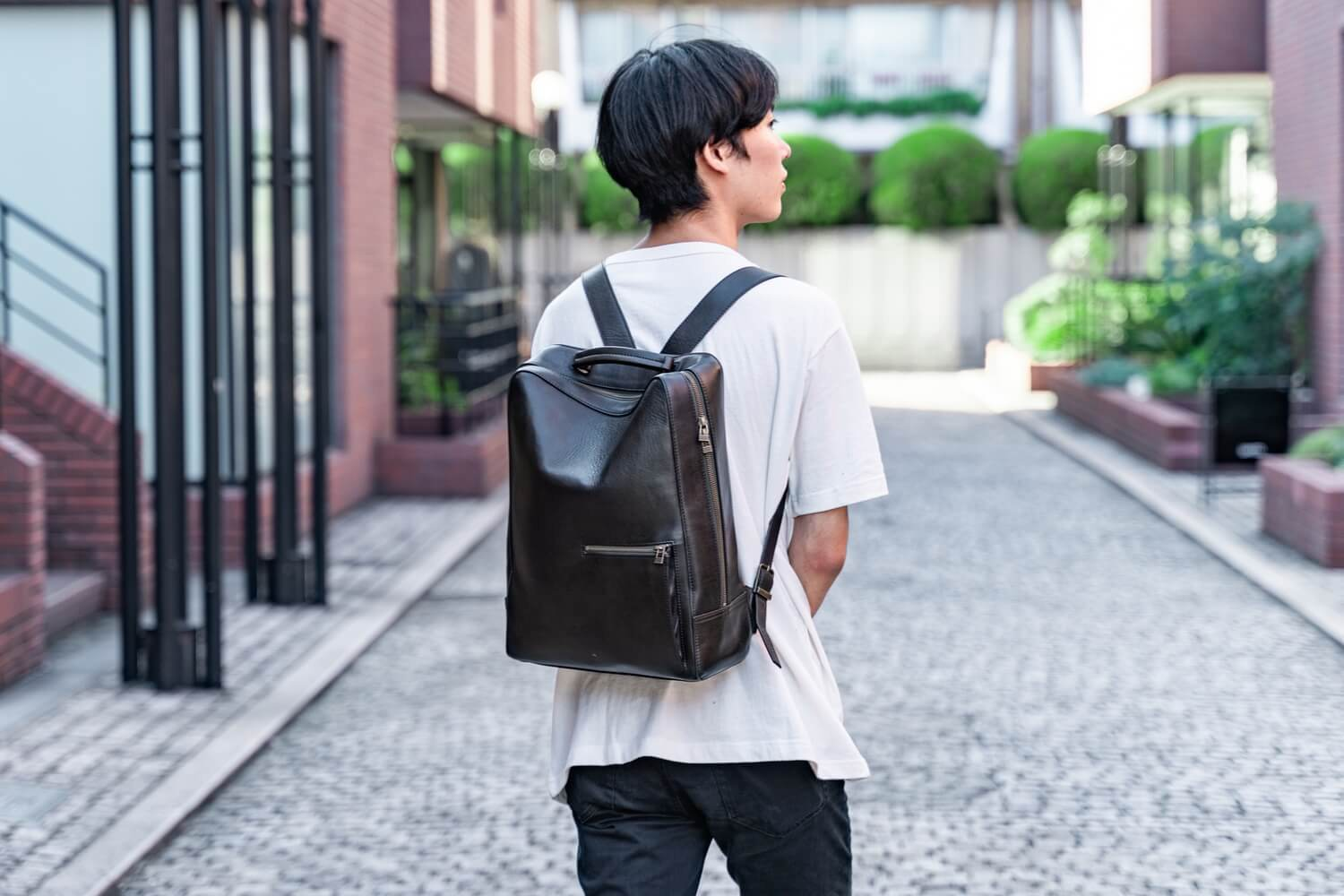 Antique square backpack21