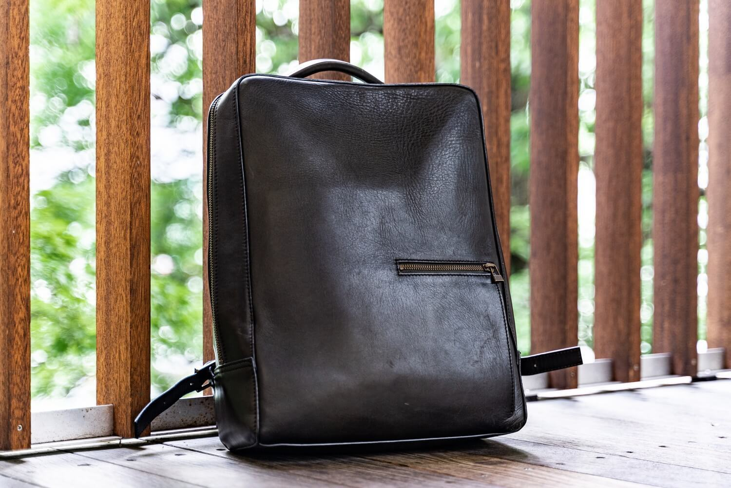 Antique square backpack5